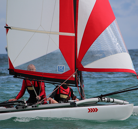 dinghy sailboat manufacturers